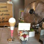 「TOMIHISA ICE CREAM」さんへ、開店祝いを届けに!