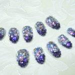 7/21 スワロフスキー埋め尽くし!紫グラデーションのジェルネイルチップ。